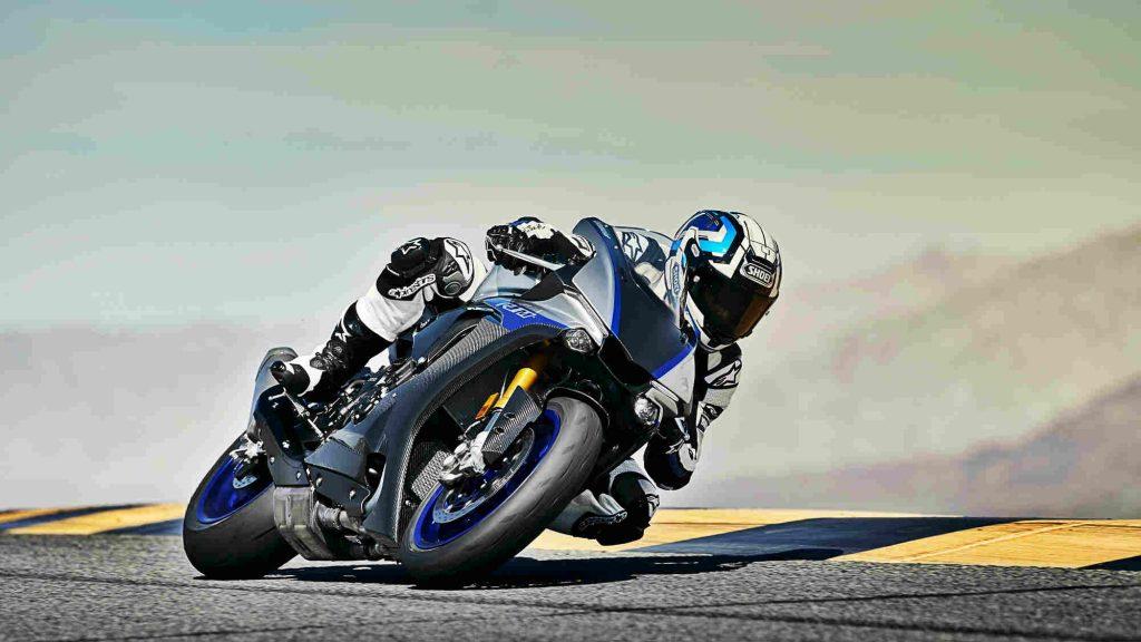 Yamaha YZF R1M Moto