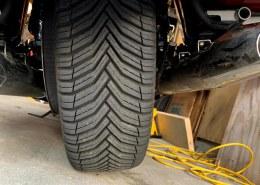 Car tire on Kawasaki Vulcan?